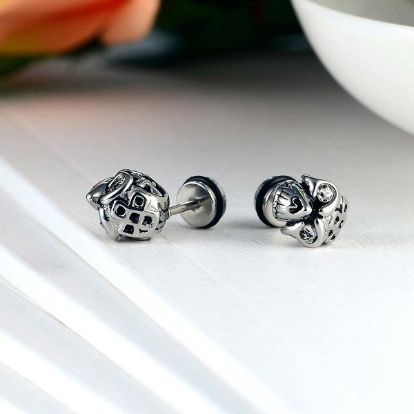 Gothic Steel Skull Stud Earrings