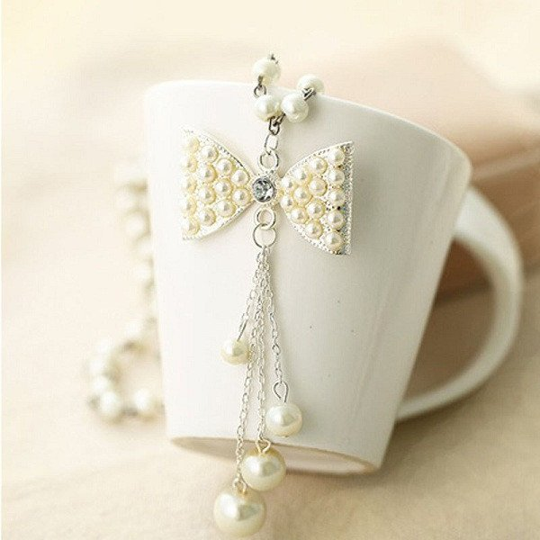 Long Pearl Style Bow Necklace