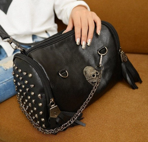 Skull Rivet Chain Shoulder Bag