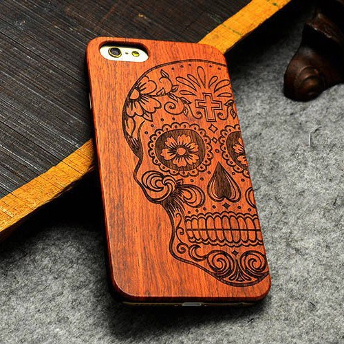 Vintage Handcrafted Skull Wood Case For IPhones