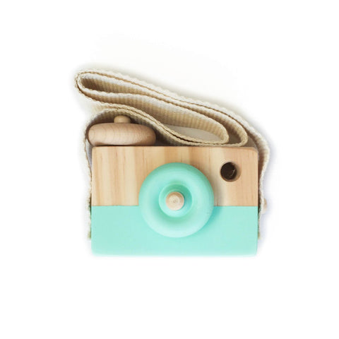 Wooden Toy Camera (Mint) by Behind the Trees