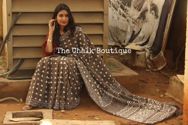 Grey Handblock printed Dabu cotton saree. TCB-IN17-RB1-The Chalk Boutique