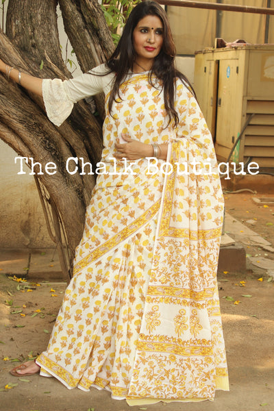 | Easy Breezy | - Off White Floral Handblock printed dabu cotton saree. TCB-IN21-RB1