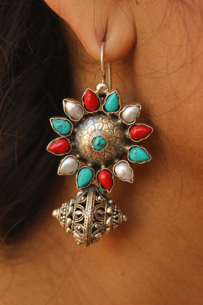 Dholak drop silver earrings with semi precious stones. VA-F8-FB