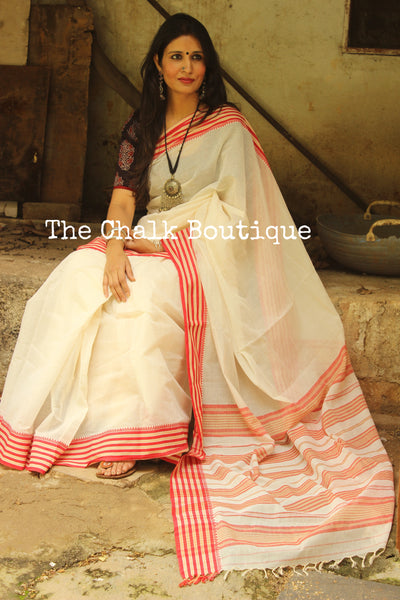 Off White 'Handloom mark' handwoven begumpuri saree with dobby naksha. TCB-DN4-BG1-The Chalk Boutique