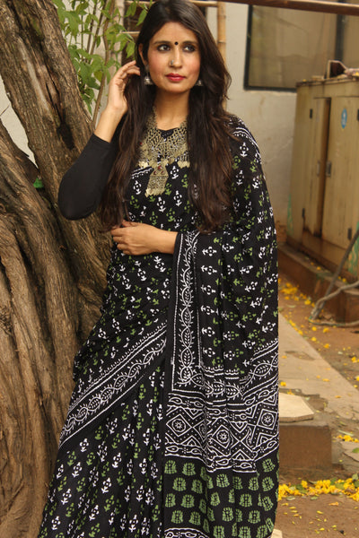 |Rangrez| -Black hand block printed cotton saree.-The Chalk Boutique