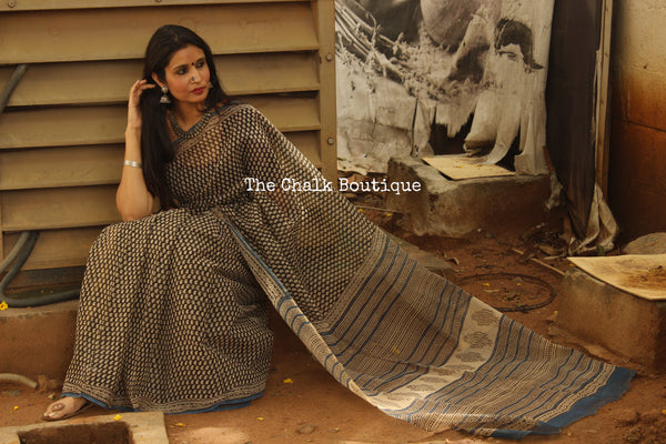 Black Bagru Hand Block Print Small 'Keri' Kota Doria Saree.-The Chalk Boutique