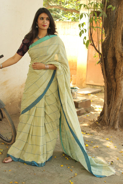 | Bricks | Handloom bricked cotton saree with contrast border.TCB-AF4-BN