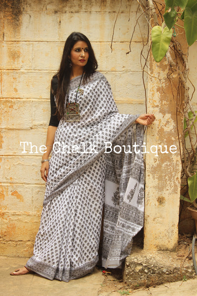White and Grey Bagru Hand Block Print Mul Cotton saree.