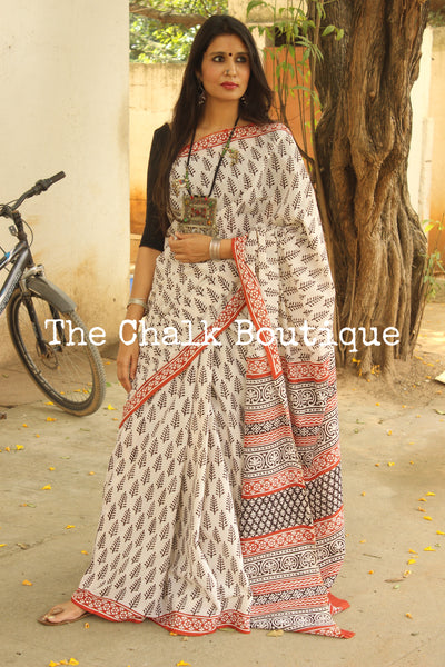 Off White and Black Bagru Hand Block Print Mul Cotton saree.