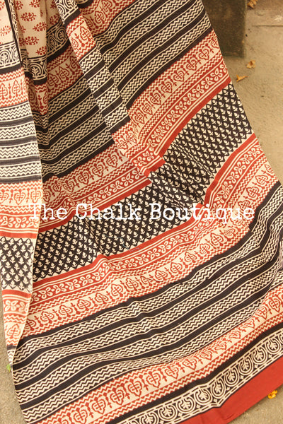 Off White and Red Bagru Hand Block Print Mul Cotton saree.-The Chalk Boutique