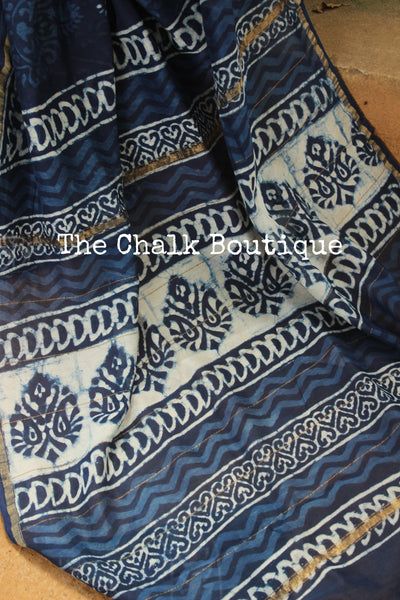 | Neeli Chameli |- Indigo floral Hand Block printed Chanderi Saree.-The Chalk Boutique