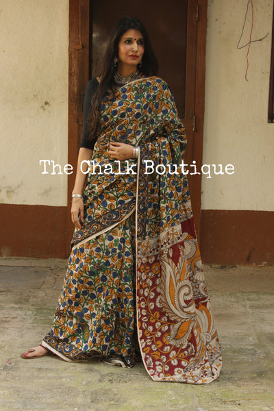 Off White Floral Overall soft cotton kalamkari saree with thin border.TCB-OKAL11-P21