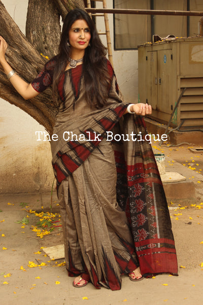 Copper Color with black temple border handwoven sambalpuri kargil saree.-The Chalk Boutique