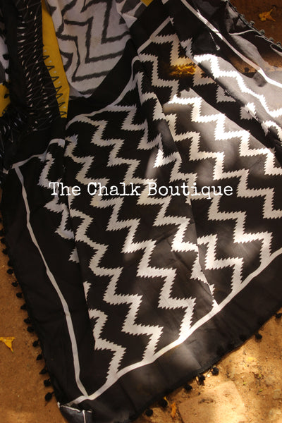 | Mish-Mash | Black and White Hand block printed dabu saree with black border. TCB-POM3-RB4-The Chalk Boutique