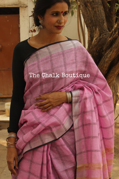 | Pink Magic | Checked with silver border khadi linen Saree with tassels. TCB-LIN4-C4