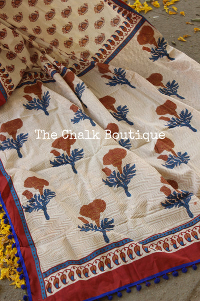 | Champagne Toasts | Hand block printed dabu saree with blue border. TCB-POM5-RB4-The Chalk Boutique