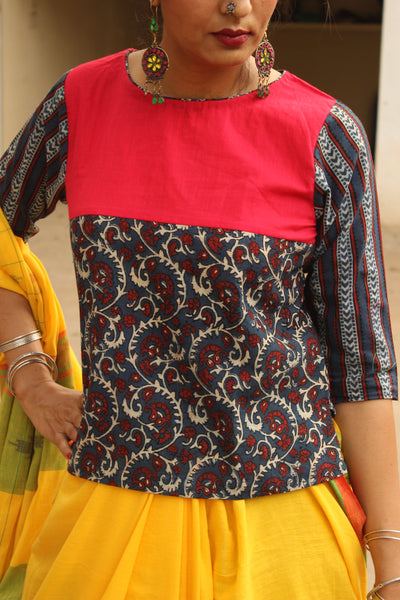 Blouse in ajrakh and handloom cotton. AT06