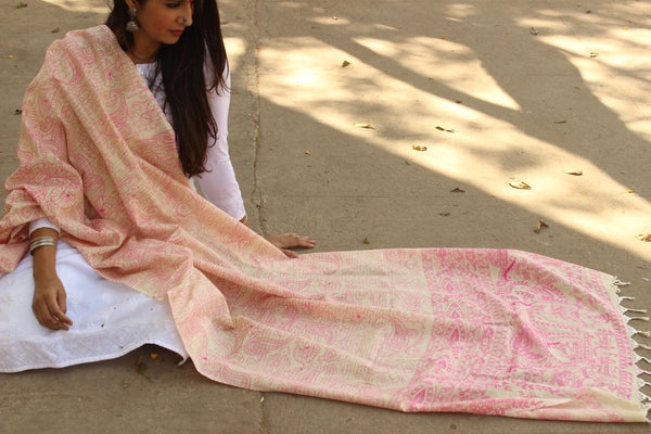Beige and pink Cotton Madhubani Dupatta.MB-DUP1005