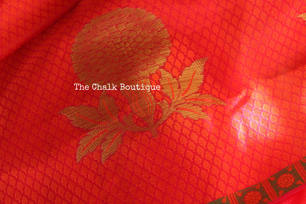 Reddish Pink Muslin Tanchoi Semi Katan Benarasi silk saree with all over weave. TCB-TN11-MC1