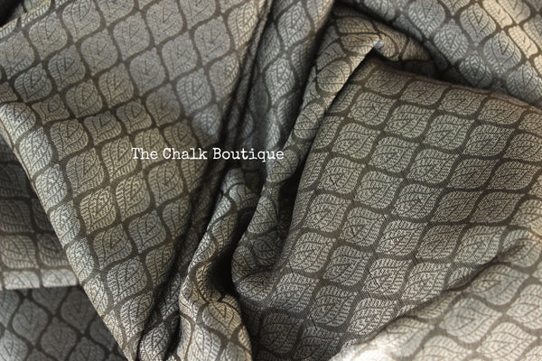 Metallic  Grey Muslin Tanchoi Semi Katan Benarasi silk saree with all over weave. TCB-TN10-MC1