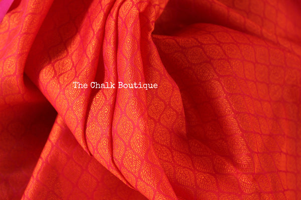 Reddish Pink Muslin Tanchoi Semi Katan Benarasi silk saree with all over weave. TCB-TN12-MC1