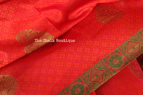Reddish Pink Muslin Tanchoi Semi Katan Benarasi silk saree with all over weave. TCB-TN14-MC1