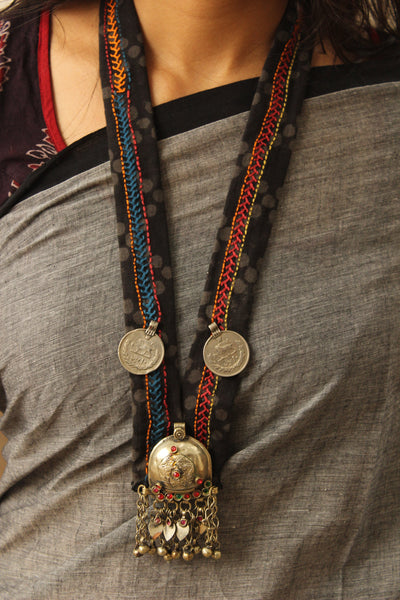Collar necklace with antique afghan german silver pendant. CC-COL2-C8