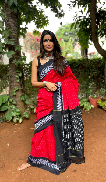 | Red Hood | Pure Handwoven Pochampally Single Ikat Cotton Saree