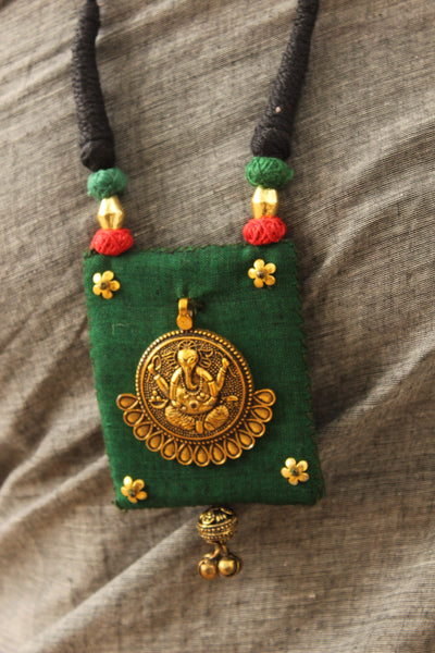 Dori necklace with fabric ganesha pendant. CC-CCH24-C8