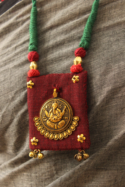 Dori necklace with fabric ganesha pendant. CC-CCH20-C8