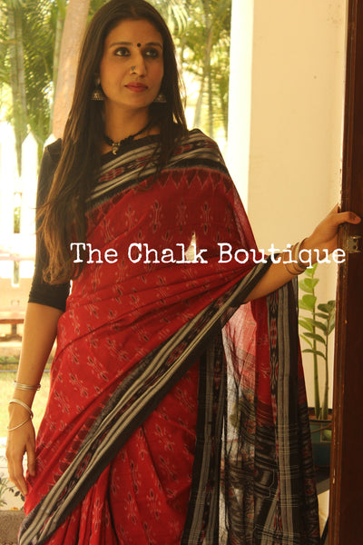 Red and black Handwoven sambalpuri ikat saree in cotton. TCB-OR4-14-The Chalk Boutique
