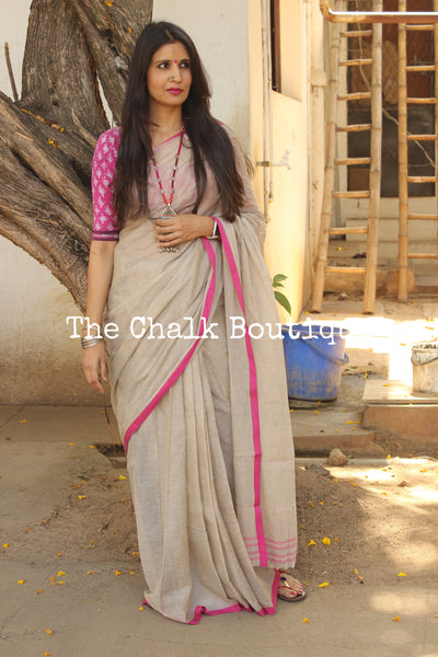 Light Grey 'handloom mark' begumpuri saree with thin pink contrast border. TCB-PI2-BG2-The Chalk Boutique