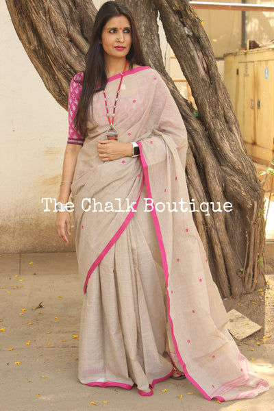 Grey 'handloom mark' begumpuri saree with all over butis. TCB-IPB-BG2-The Chalk Boutique
