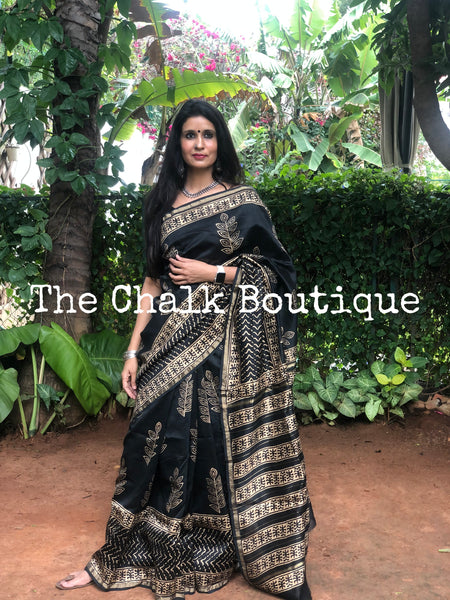 | Stunner | Black hand Golden Block printed Chanderi Saree.