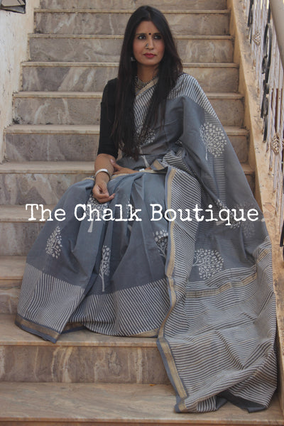 | Eternity | Grey Maheshwari silk hand block printed saree. TCB-MH20-SB1