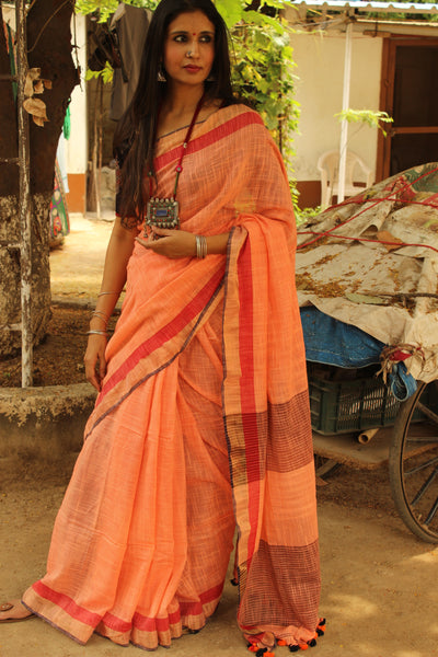 Peach pure handloom cotton saree with contrast zari border. NF-KH5-C5-The Chalk Boutique