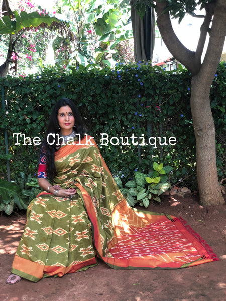 | Mehendi | Green Pure Handwoven Pochampally Single Ikat Cotton Saree