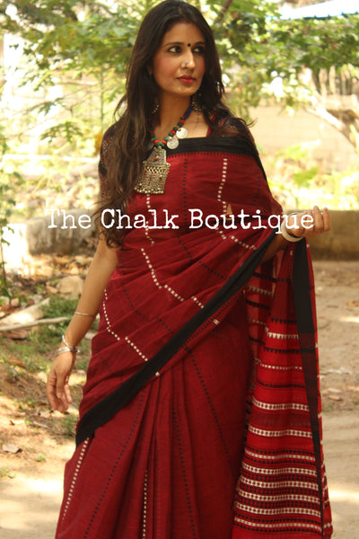 Maroon 'handloom mark' handwoven begumpuri saree with blouse fabric. TCB-AA5-BG