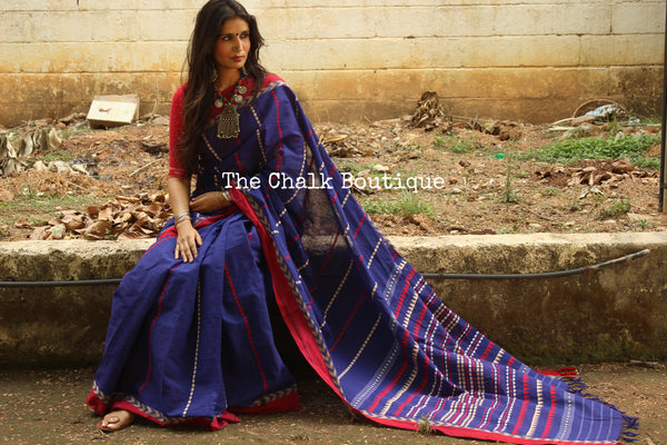Dark Blue 'handloom mark' handwoven begumpuri saree with blouse fabric. TCB-AA6-BG