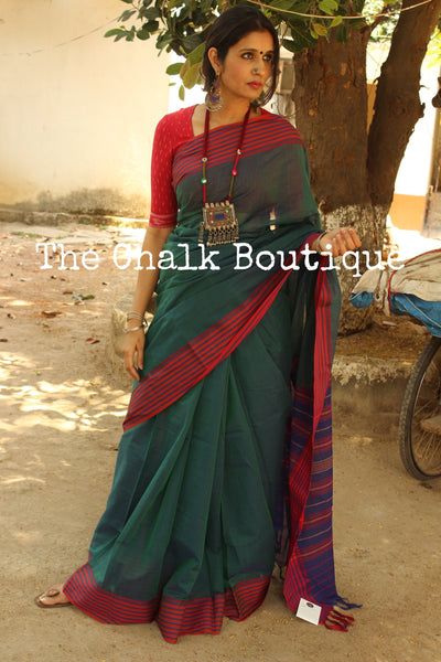 Green 'handloom mark' handwoven begumpuri saree with dobby naksha. TCB-DN5-BG