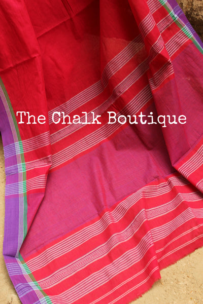 Red plain 'maatha paar' 'handloom mark' handwoven begumpuri saree. TCB-PM1-BG-The Chalk Boutique