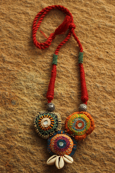 Adjustable Red dori kuchhi work lambani necklace.