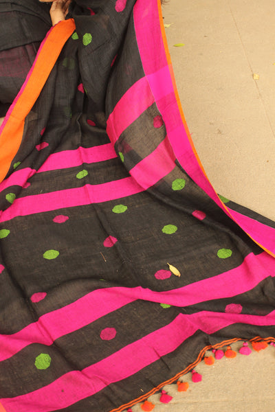 Black linen saree with contrast border and tassels on the pallu. TCB-BL1-CY