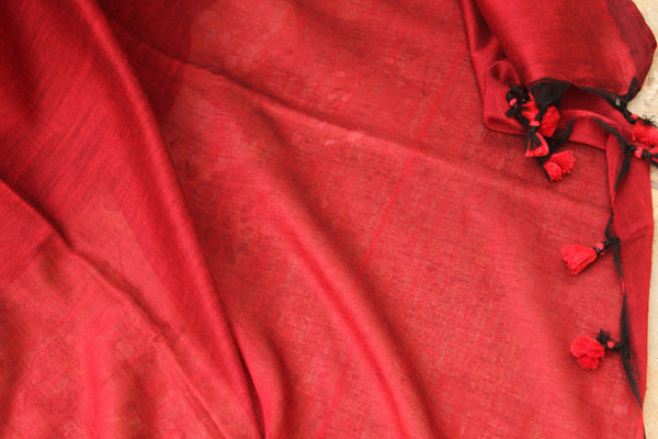 | Bloody Mary | Red Pure cotton Saree with tasseled pallu.