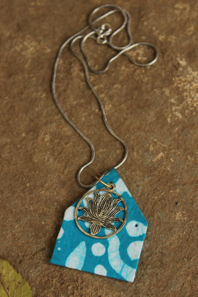 Fabric Patchwork Pendant in German silver chain. CN-AUGGSN3C