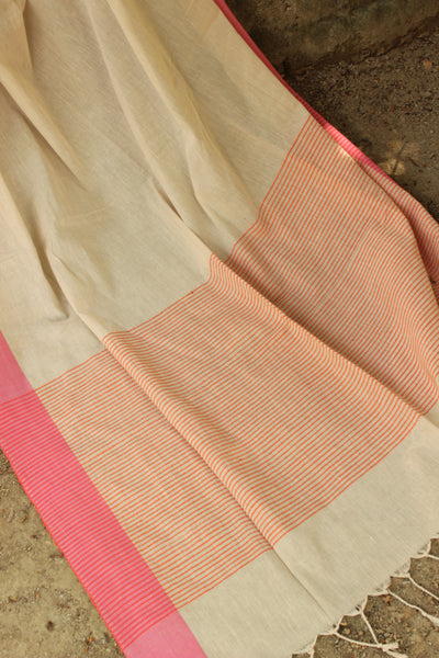 | Coffee and Ice | Handloom cotton saree in light coffee shade with contrast border.TCB-AC5-BN