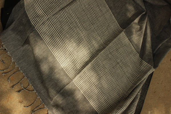 | Kora ( Plain ) | Handloom Gray Cotton saree with contrast black paar.TCB-AC8-BN