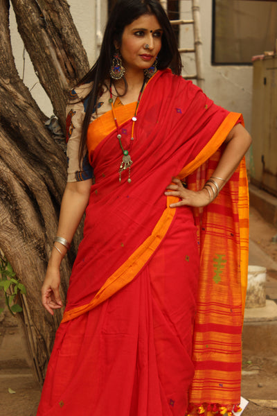 | Tomato Bisque | Handloom red Cotton saree with jamdani bootas. TCB-COT1-JM