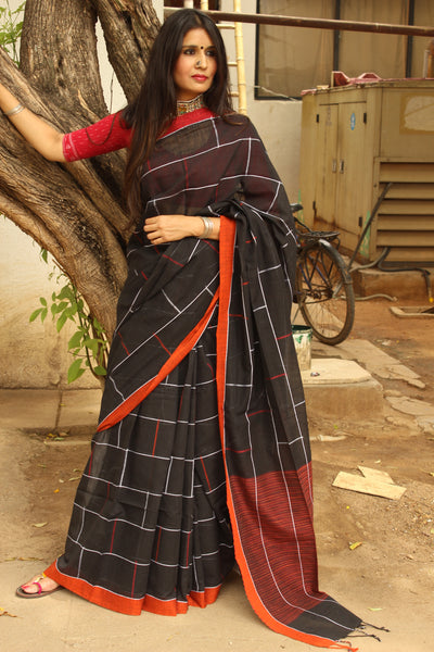 | Brick Lane | Handloom bricked cotton saree with contrast border.TCB-AF3-BN